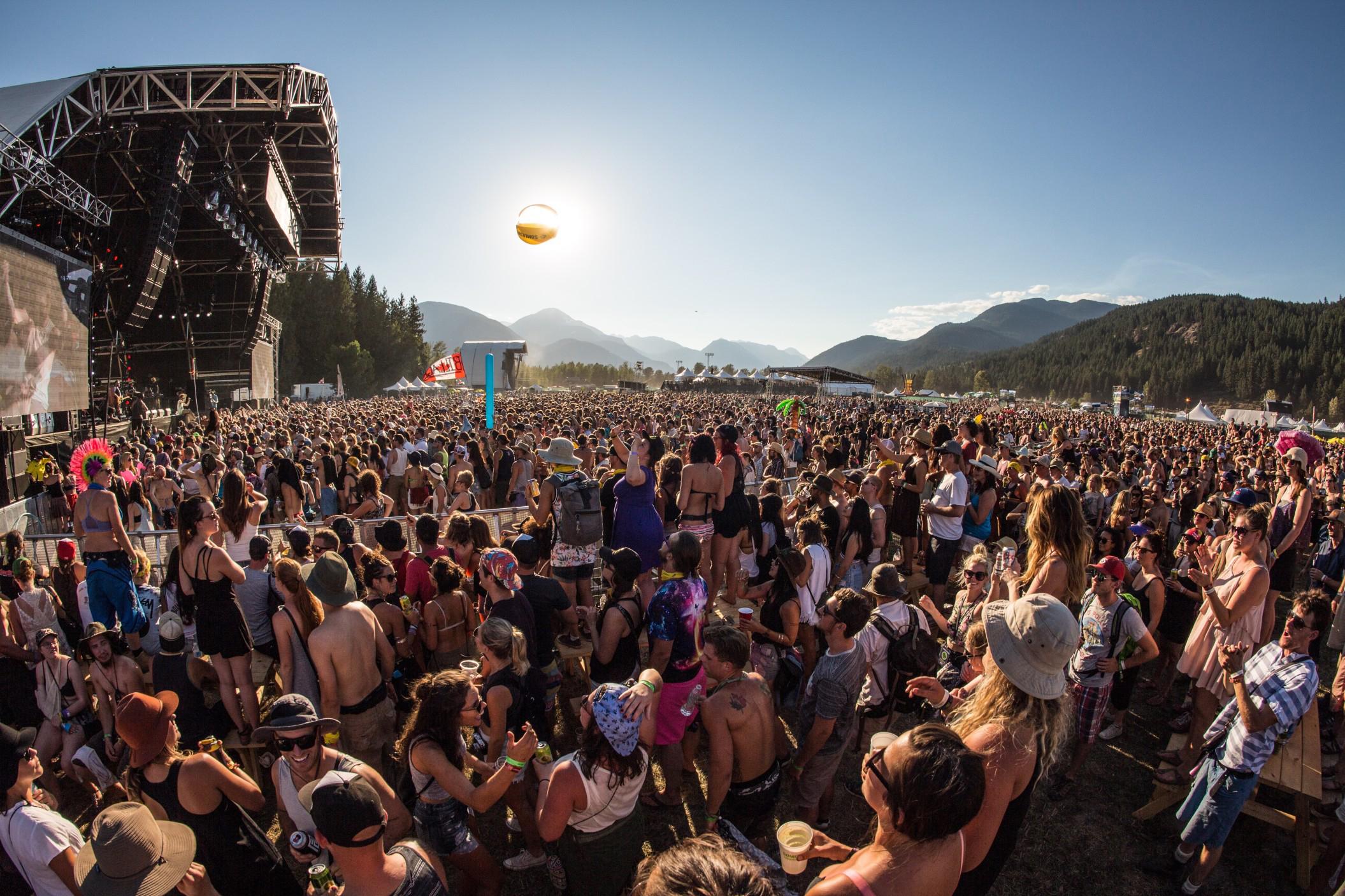 Aerial crowd shot of Splendour in the Grass festival